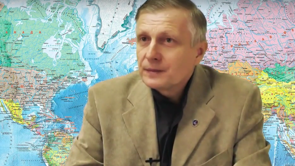 Politolog Valerij Pjakin odpovídá na otázky - Sputnik Česká republika