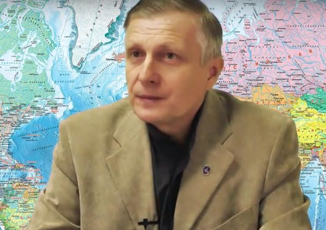 Politolog Valerij Pjakin odpovídá na otázky