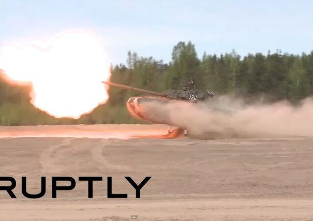 Extrémní řízení tanku a tankový valčík