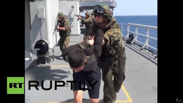 Rusko-čínské cvičení: protiteroristický nácvik ve Středozemím moři - Sputnik Česká republika