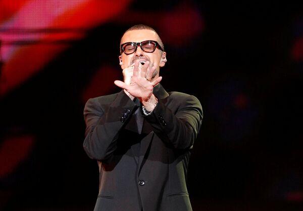 Legenda rhythm and blues George Michael - Sputnik Česká republika