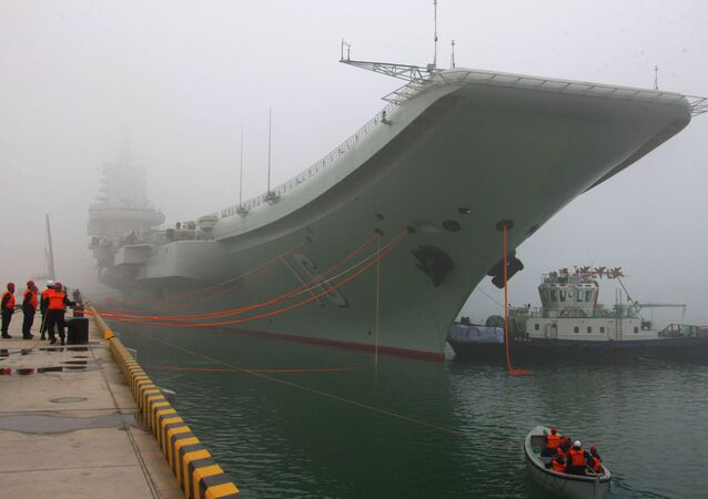 """První čínská letecká loď """"Ljaonin"""""""