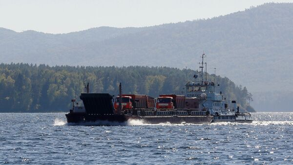 Nákladní člun - Sputnik Česká republika