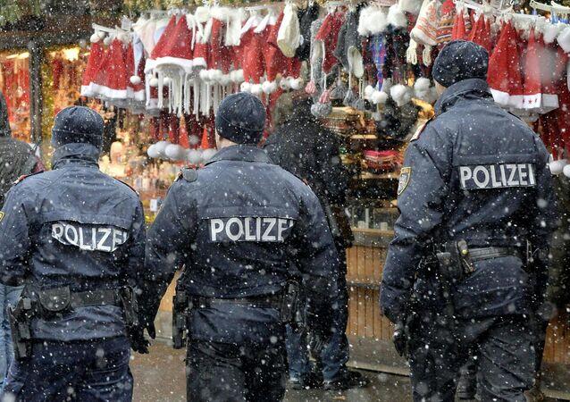 Vánoce a policie