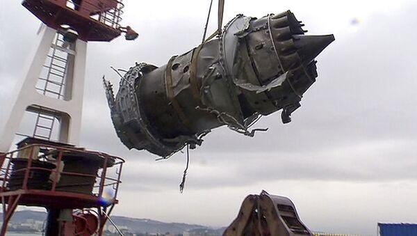 Vyzvedené fragmenty zříceného Tu-154 - Sputnik Česká republika