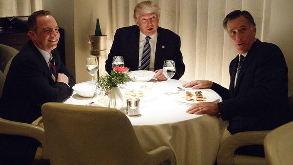 Donald Trump a Mitt Romney - Sputnik Česká republika