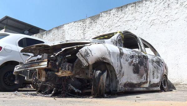 Veículo queimado no qual foi encontrado o provável corpo do embaixador Kyriakos Amiridis - Sputnik Česká republika