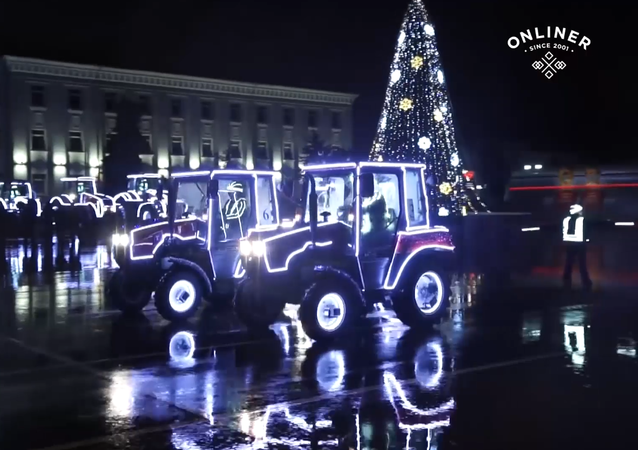 Nejen na poli: valčík traktorů