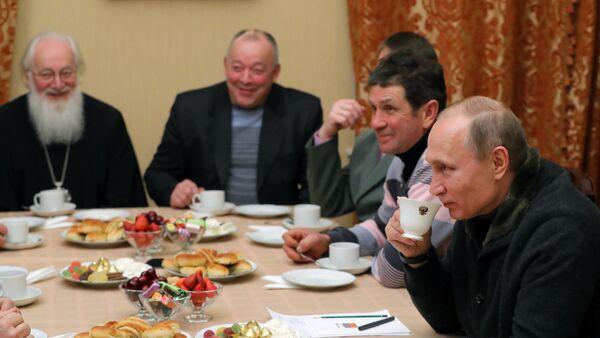 Ruský prezident Vladimir Putin v Novgorodě - Sputnik Česká republika