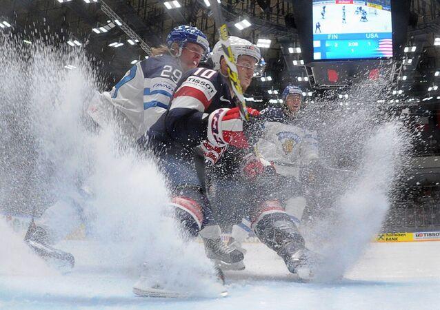 Hokejisté Finska a USA. Archivní foto