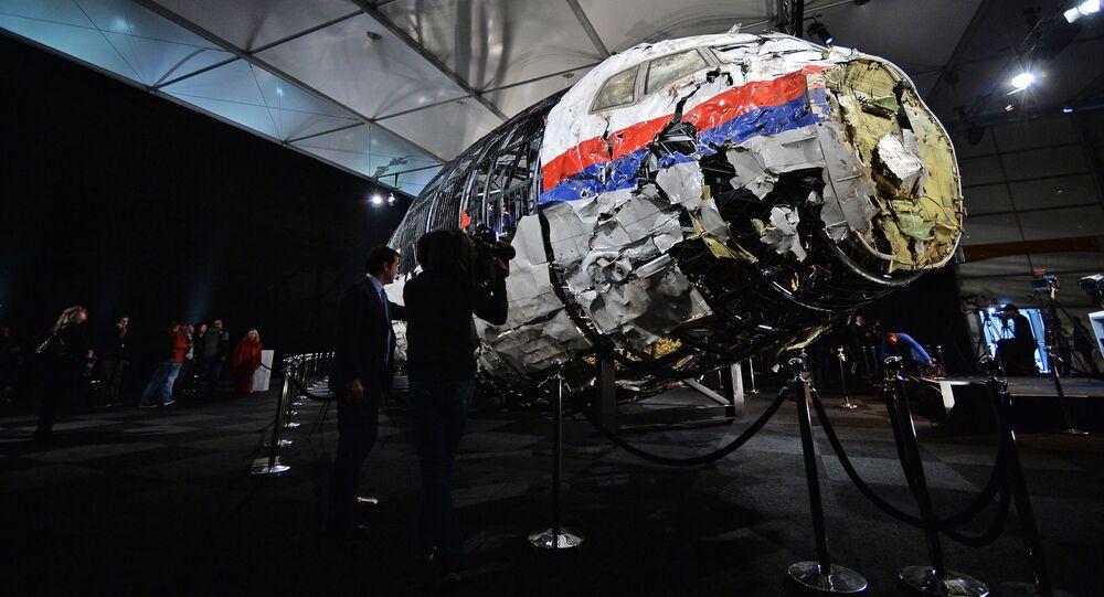 Zpráva nizozemské bezpečnostní rady o zřícení Boeingu 777 letu MH17