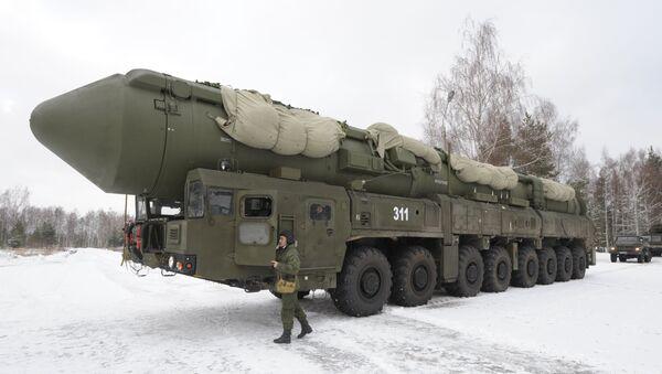 Ruská mezikontinentální balistická raketa Jars - Sputnik Česká republika