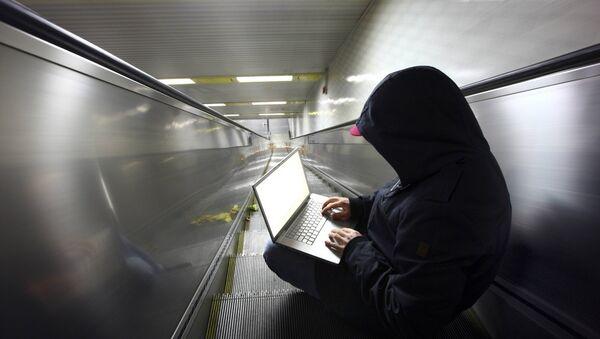Hacker na pohyblivém schodišti - Sputnik Česká republika