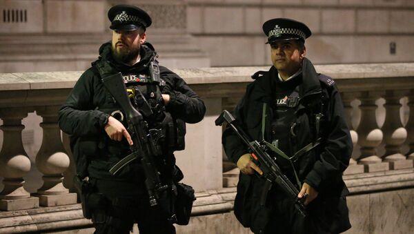 Britští policisté - Sputnik Česká republika