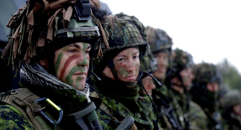 Vojáci při cvičení NATO. Ilustrační foto