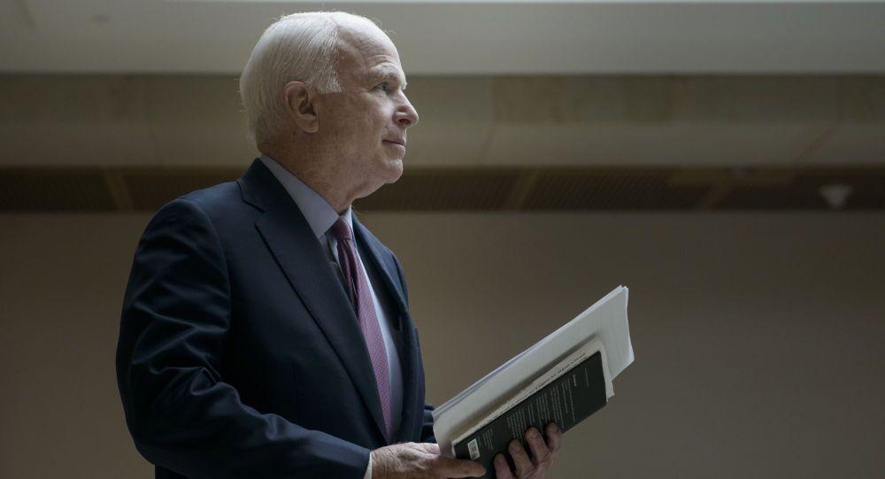Americký senátor John McCain