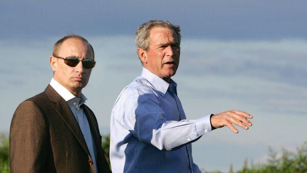 Vladimir Putin a George Bush - Sputnik Česká republika