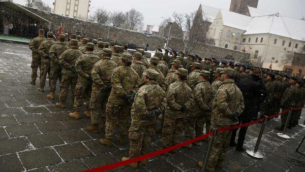 Slavnostní ceremoniál uvítání amerických vojáků v Polsku - Sputnik Česká republika