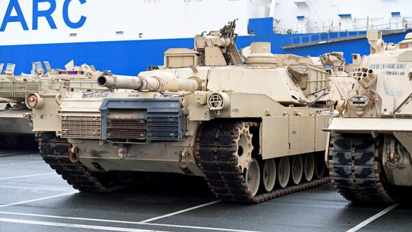 Americké tanky v německém Bremerhavenu - Sputnik Česká republika