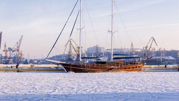 Plachetnice v námořním přístavu v Oděsě - Sputnik Česká republika