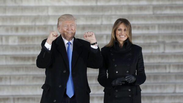 Donal Trump a jeho manželka Melania - Sputnik Česká republika