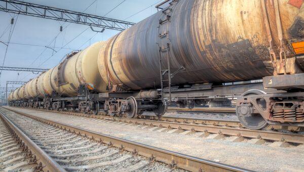 Nákladní vlak s ropou - Sputnik Česká republika