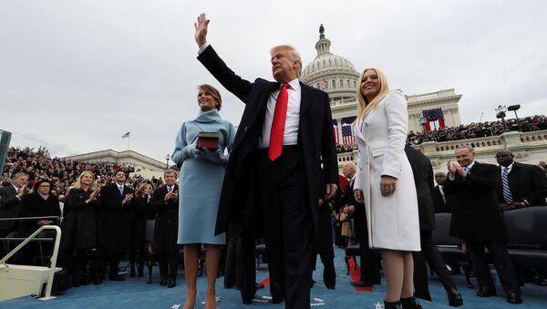 Prezident USA Donald Trump během inaugurace - Sputnik Česká republika
