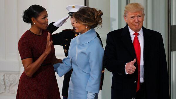 Donald Trump, Michelle Obamová a Melanie Trumpová - Sputnik Česká republika