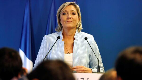 Francouzská prezidentská kandidátka strany Národní fronty Marine Le Penová - Sputnik Česká republika