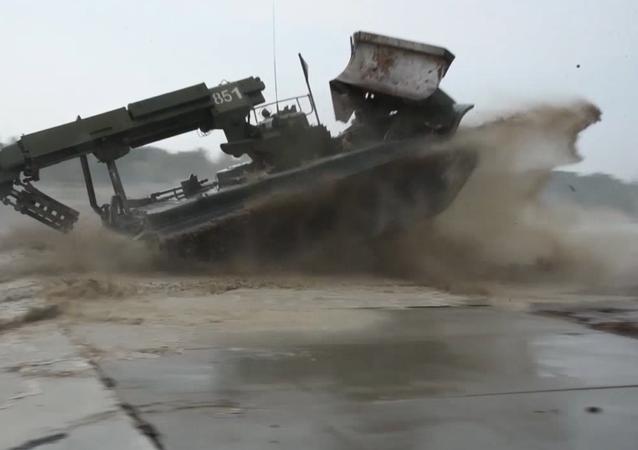Ruské ministerstvo obrany publikovalo video ke Dni ženijních vojsk