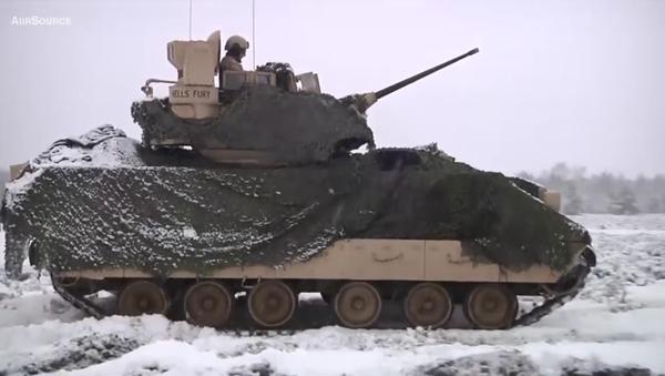 Americká armáda publikovala video střeleb amerických tanků v Polsku - Sputnik Česká republika
