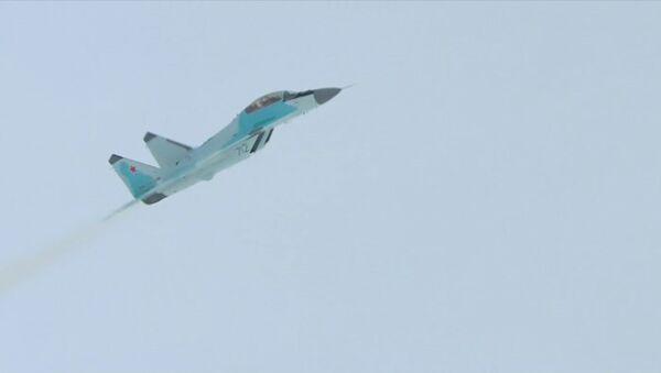 První předváděcí let nové stíhačky MiG-35 v Luchovici - Sputnik Česká republika