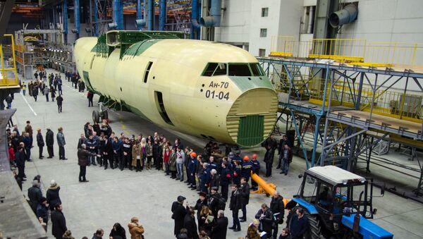 Letecký závod Antonov. Demonstrace An-70 - Sputnik Česká republika
