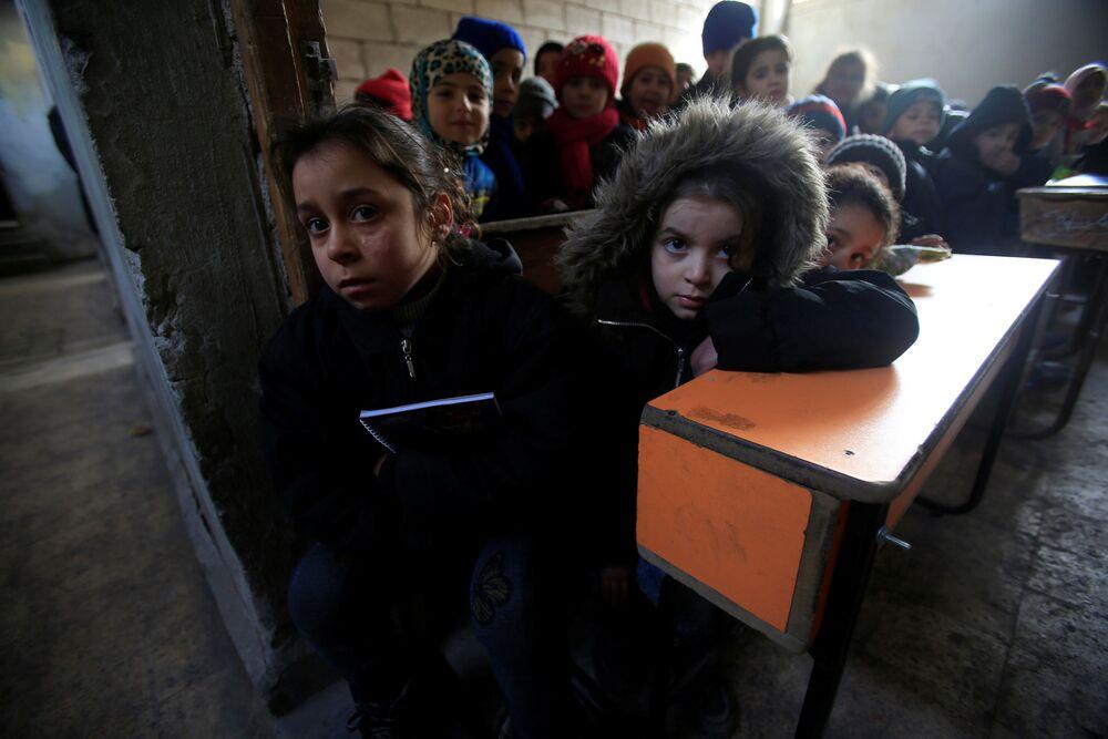 Školáci ve třídě v Aleppu