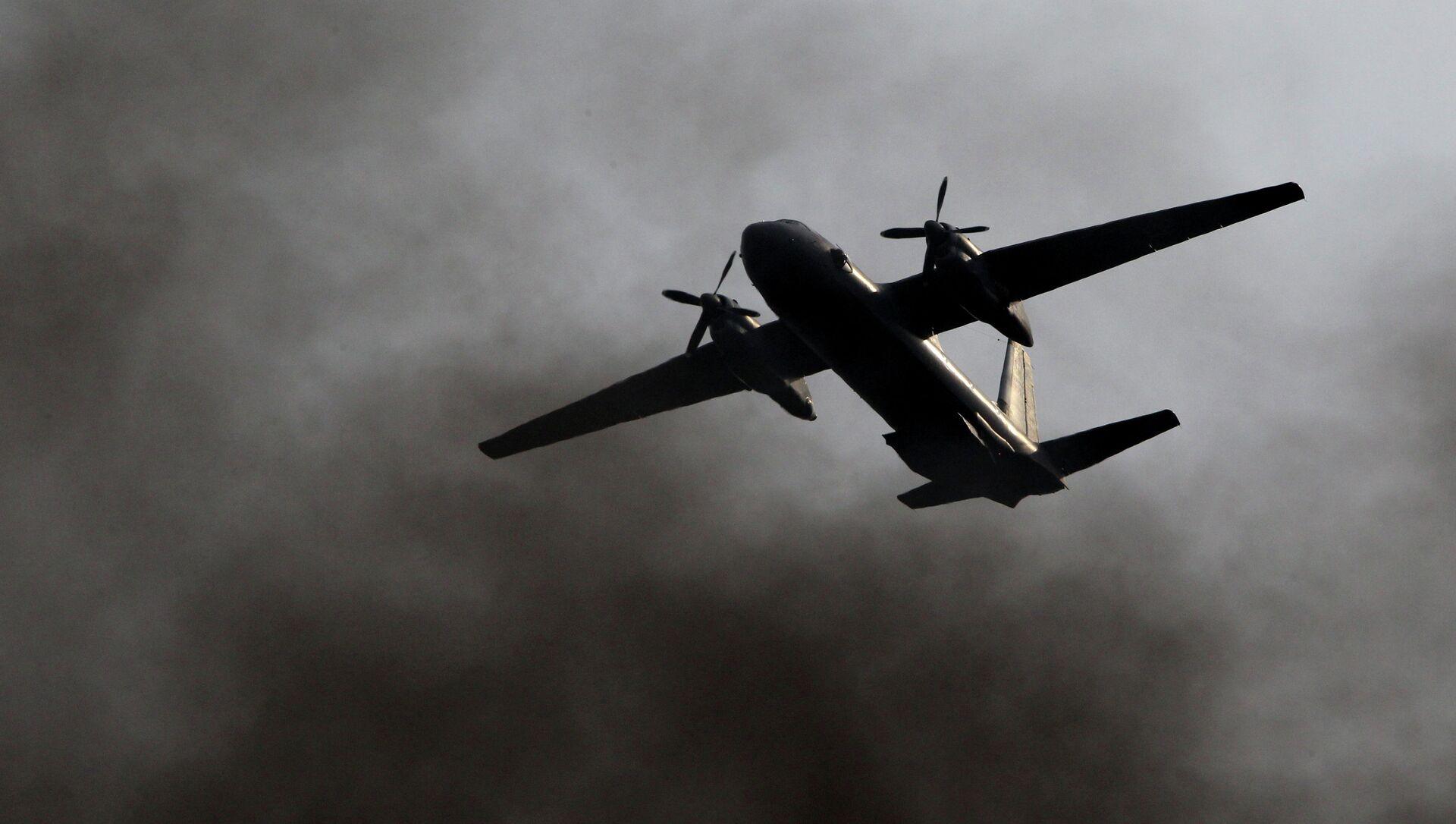 Transportní letoun An-26 - Sputnik Česká republika, 1920, 13.03.2021