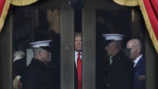 Donald Trump durante la ceremonia de investidura - Sputnik Česká republika