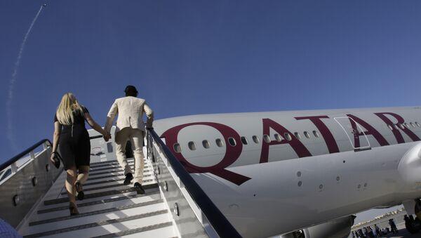 Boeing 777-200LR Qatar Airways - Sputnik Česká republika