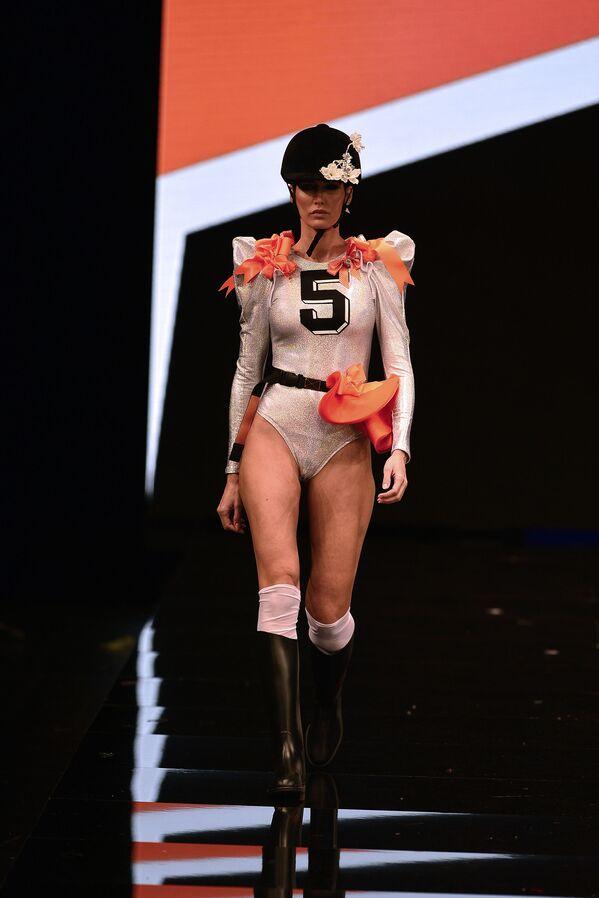 Mezinárodní módní přehlídka flamenko - Sputnik Česká republika