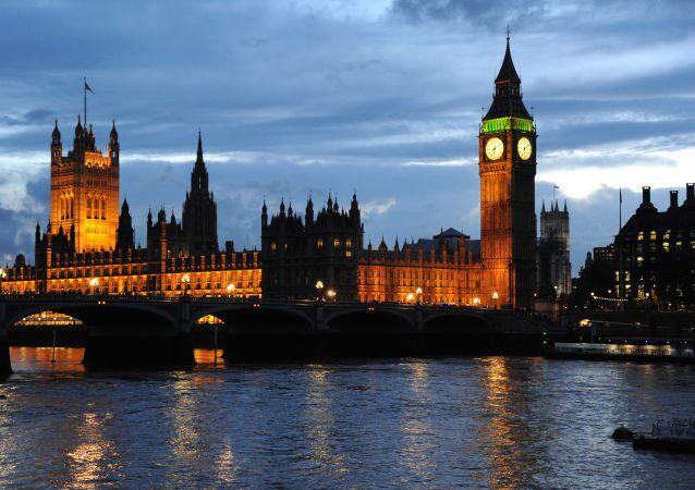 Westminsterský palác a Big Ben v Londýně