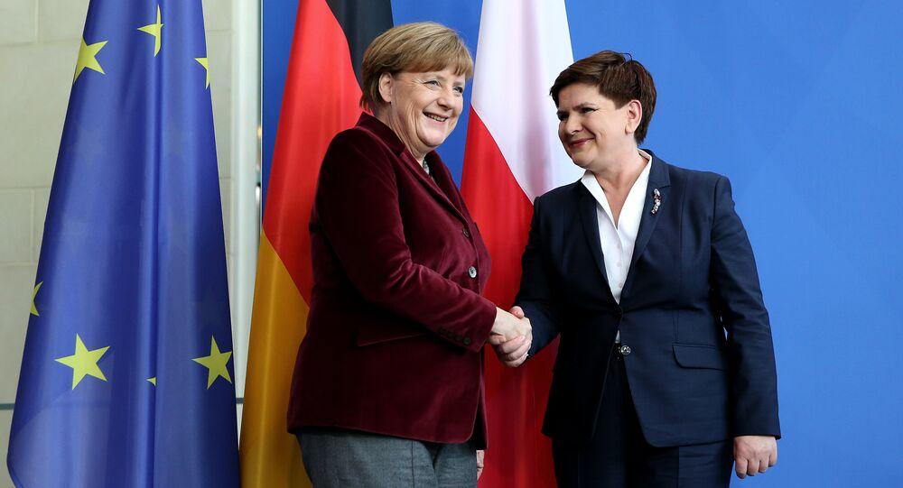 Německá kancléřka Angela Merkelová a polská premiérka Beata Szydłová