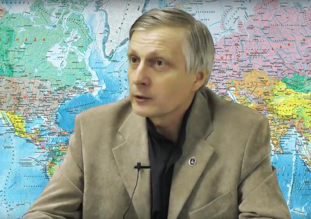 Politolog Pjakin odpovídá na otázky