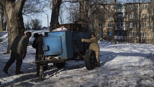 Oprava tepelného vedení v Doněcku - Sputnik Česká republika