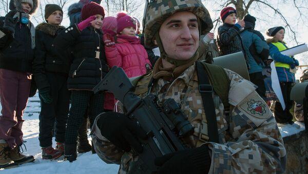 Lotyšský voják - Sputnik Česká republika