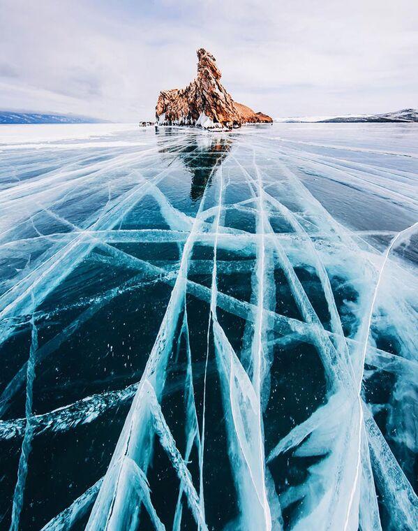Озеро Байкал, покрытое льдом - Sputnik Česká republika