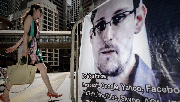 Bývalý příslušník NBA Edward Snowden - Sputnik Česká republika