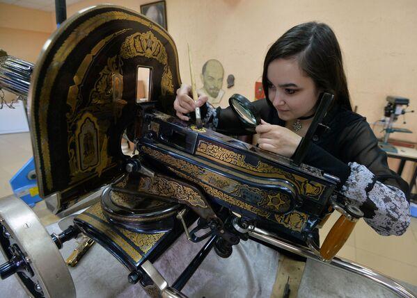 Výroba dárkových zbraní pro MO Ruska - Sputnik Česká republika