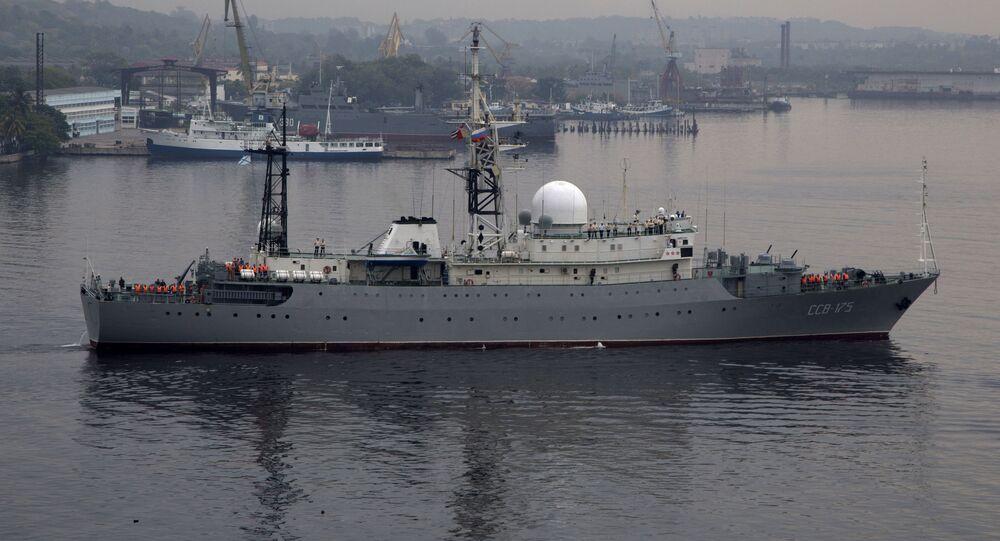 Průzkumná loď ruského námořnictva Viktor Leonov