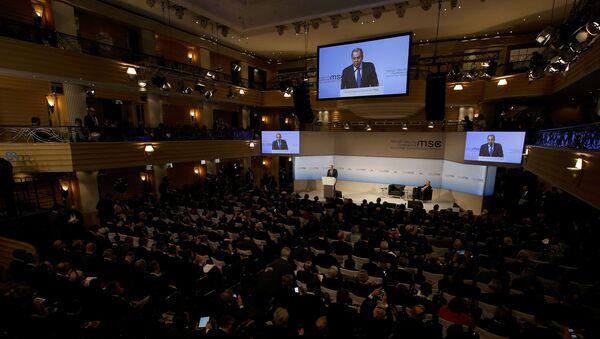 Sergej Lavrov na Mnichovské bezpečnostní konferenci - Sputnik Česká republika