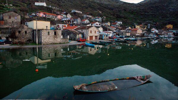 Jezero v Černé Hoře - Sputnik Česká republika