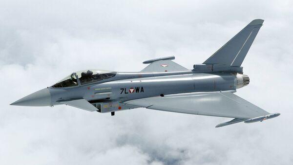 Víceúčelová stíhačka 4. generace Eurofighter Typhoon - Sputnik Česká republika